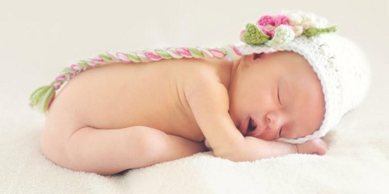 baby op buik laten slapen